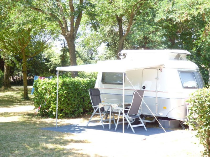A caravan on its location in the Aude