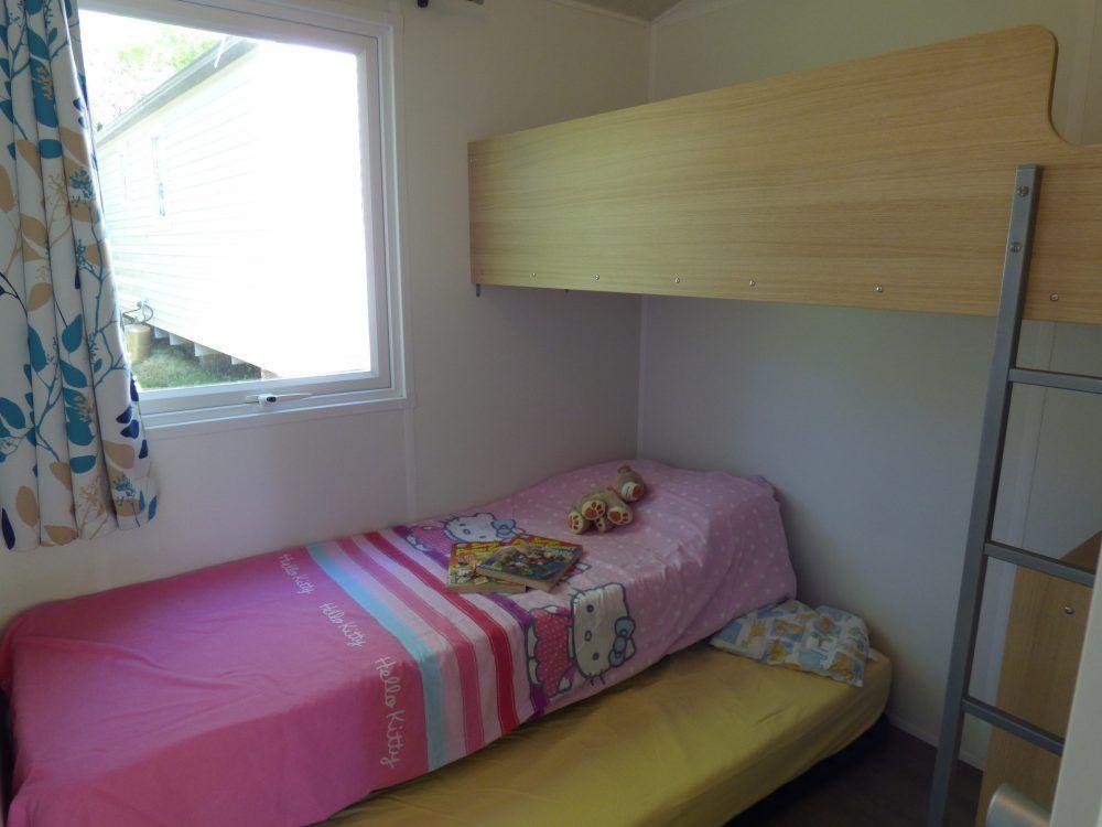 mobil home tithome près de Carcassonne dans l'Aude et la chambre enfants